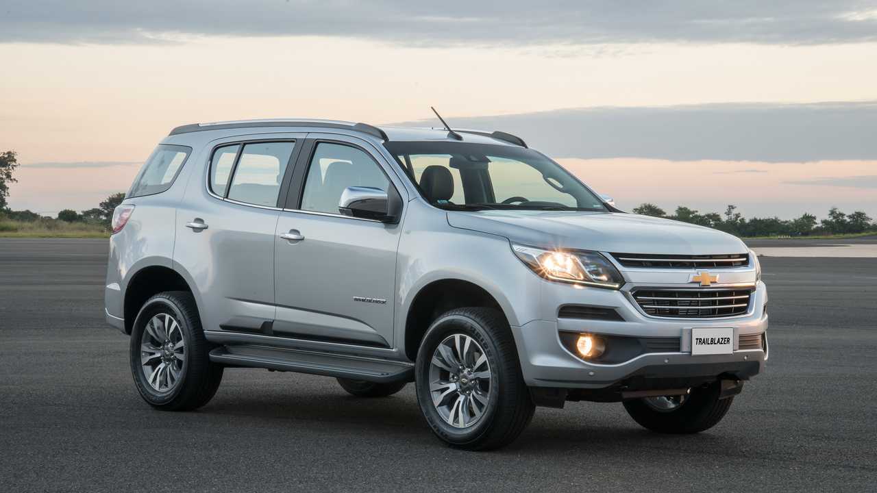 Chevrolet-Trailblazer-AP010-1