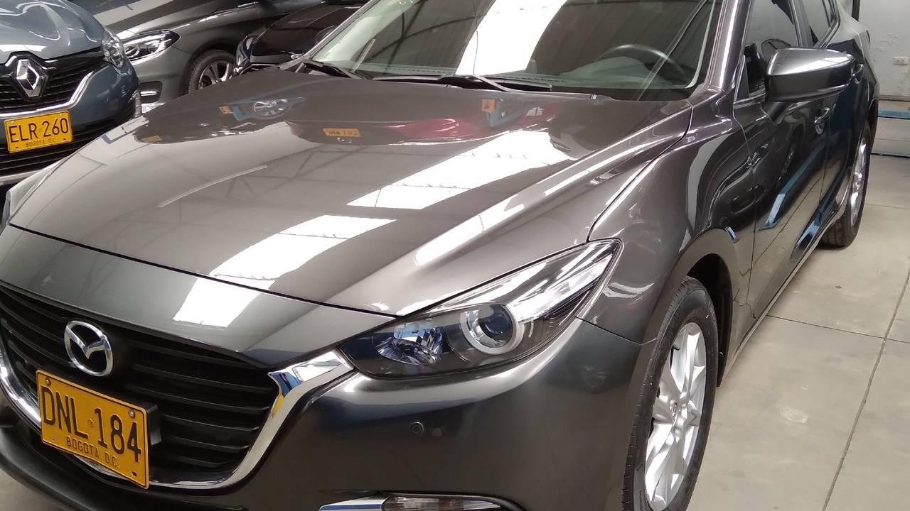 Mazda-3-Touring-sdn-01580211-1