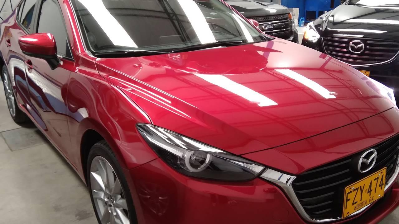 Mazda-3-Grand-Touring-sdn-01590661-1