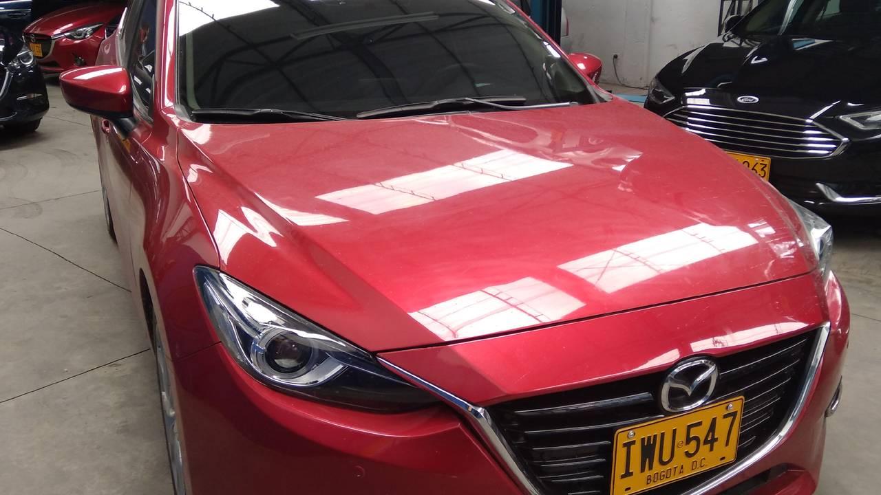 Mazda-3-Grand-Touring-01589418-1