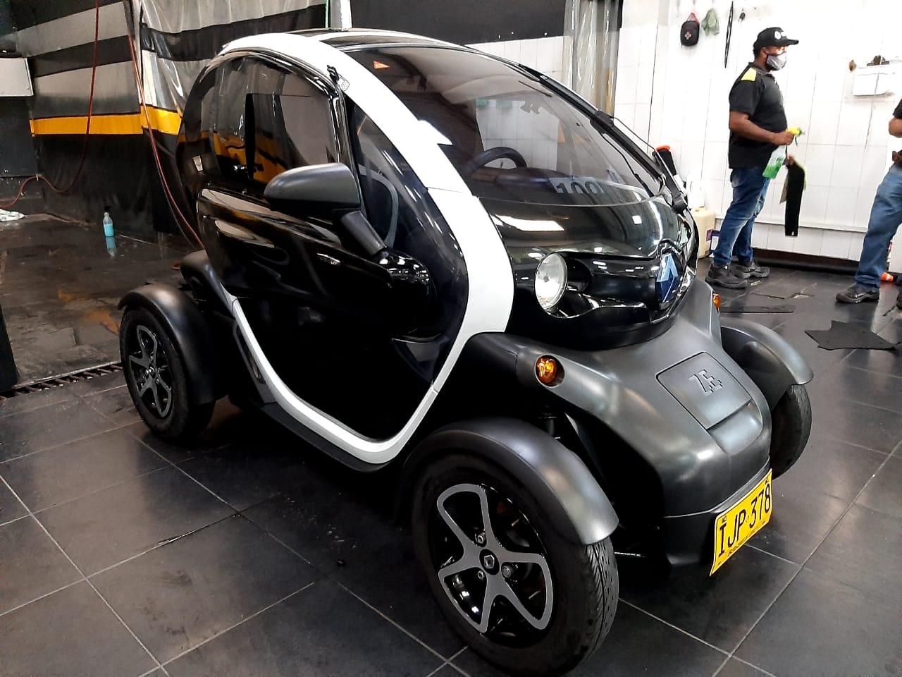 Renault-Twizy-01453955-1