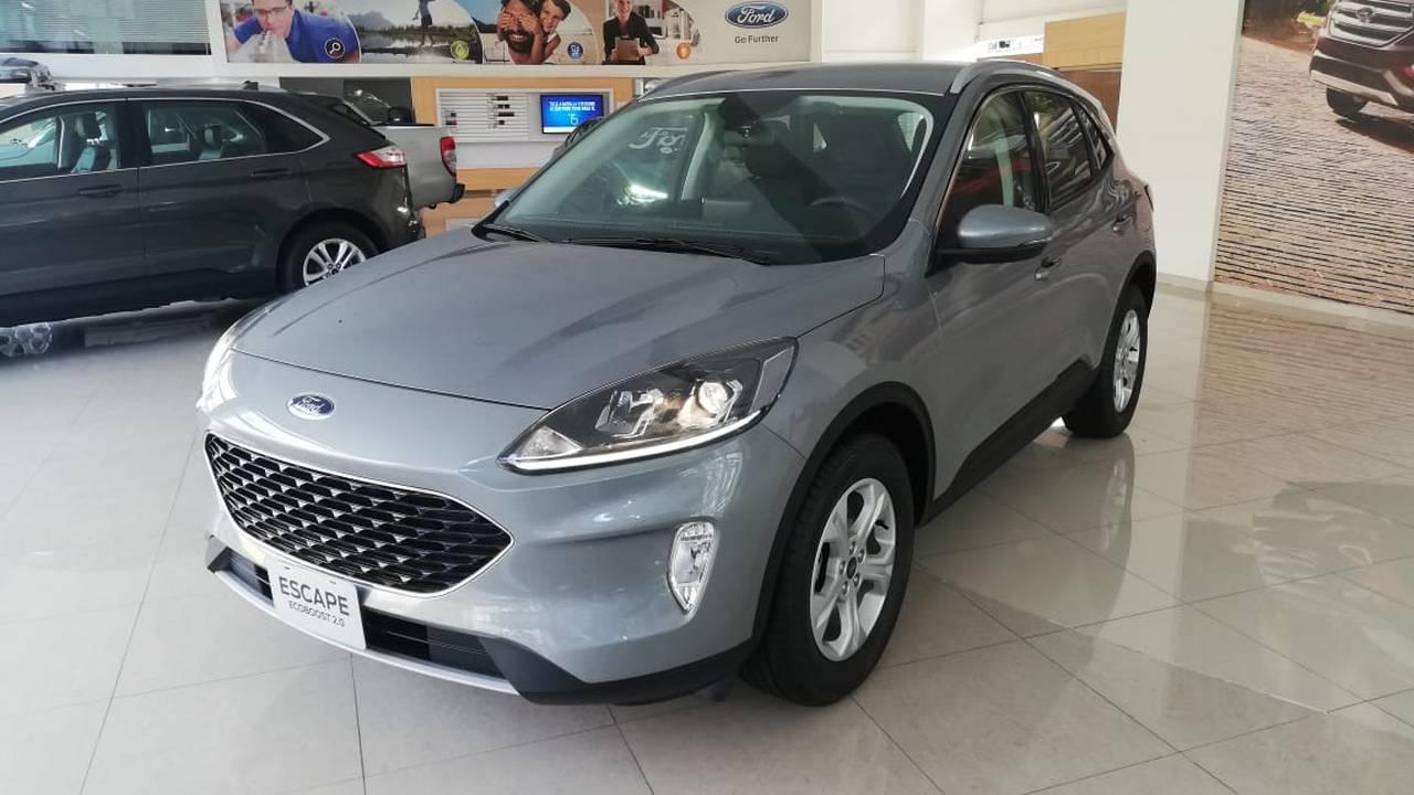 Ford-Escape-Se-03054790-1