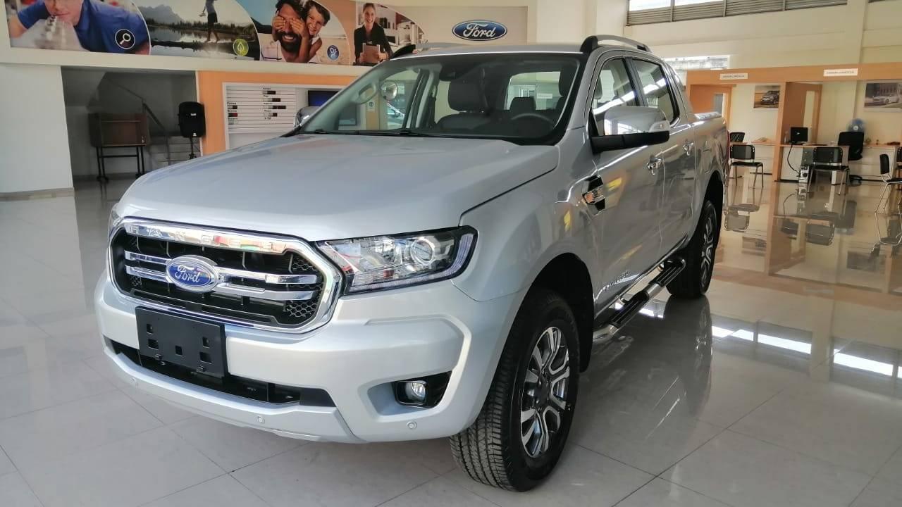 Ford-Ranger-Limited-04875810-1