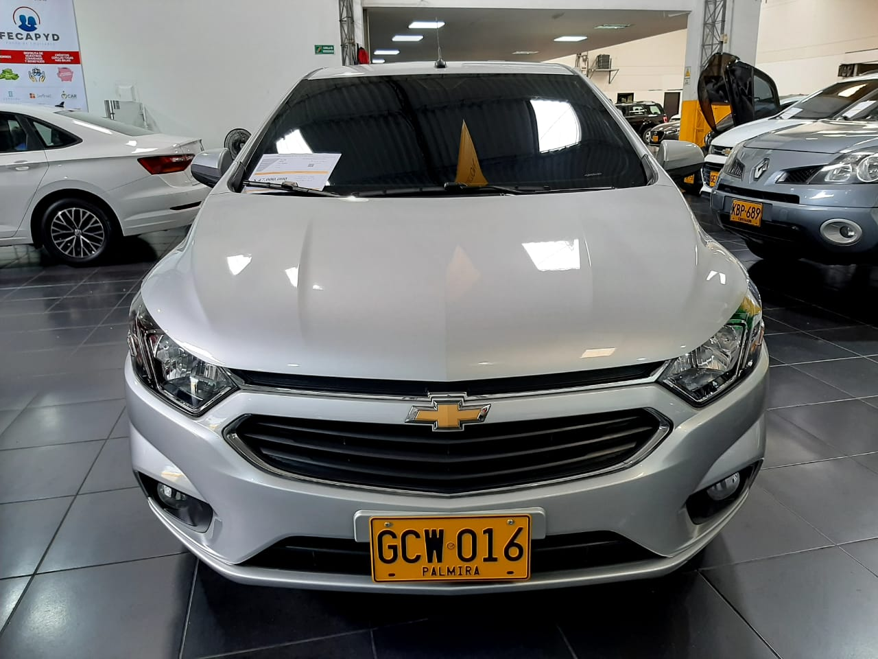 Chevrolet-Onix-01420874-1