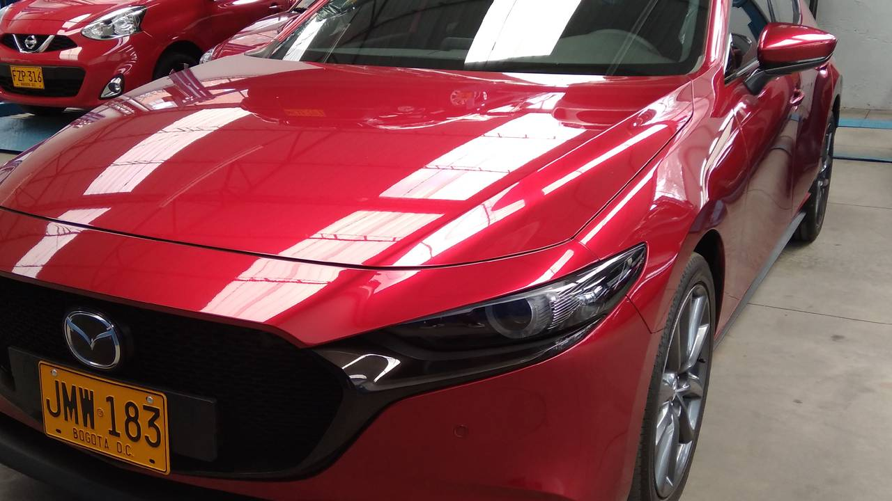 Mazda-3-Grand-Touring-01596646-1