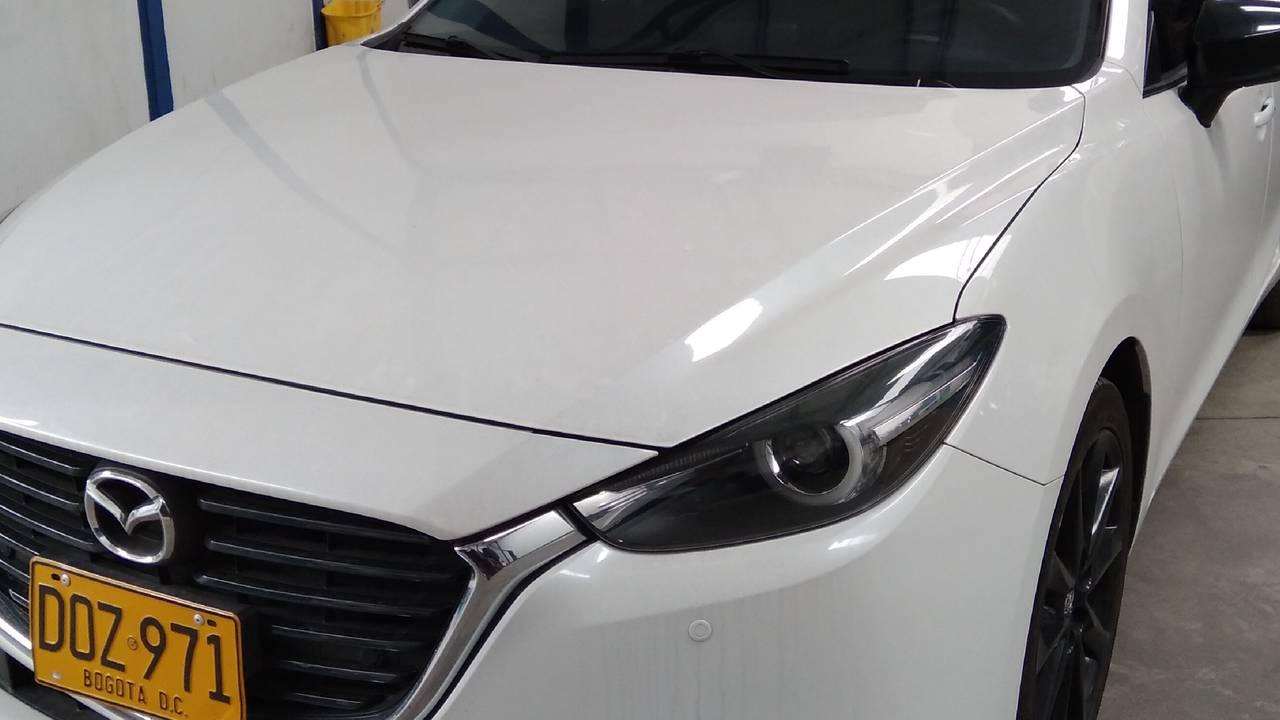 Mazda-3-Grand-Touring-Sedan-01531879-1