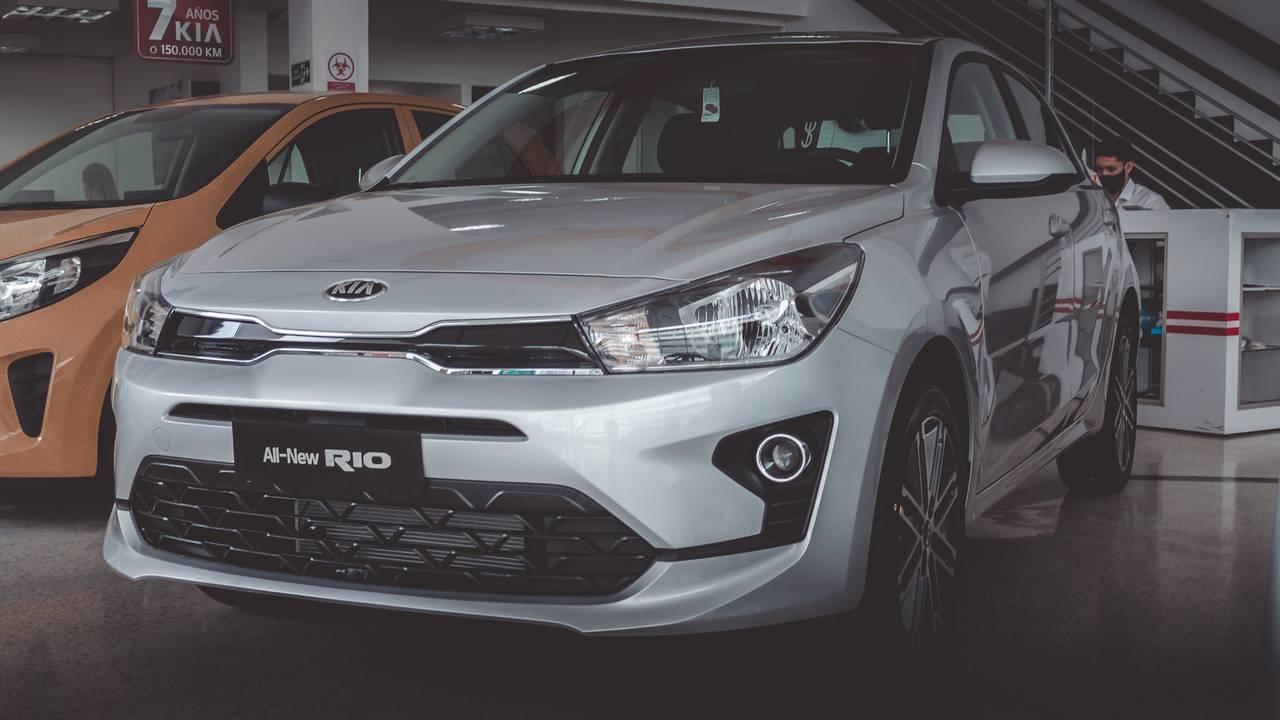 Kia-Rio-02448954-1