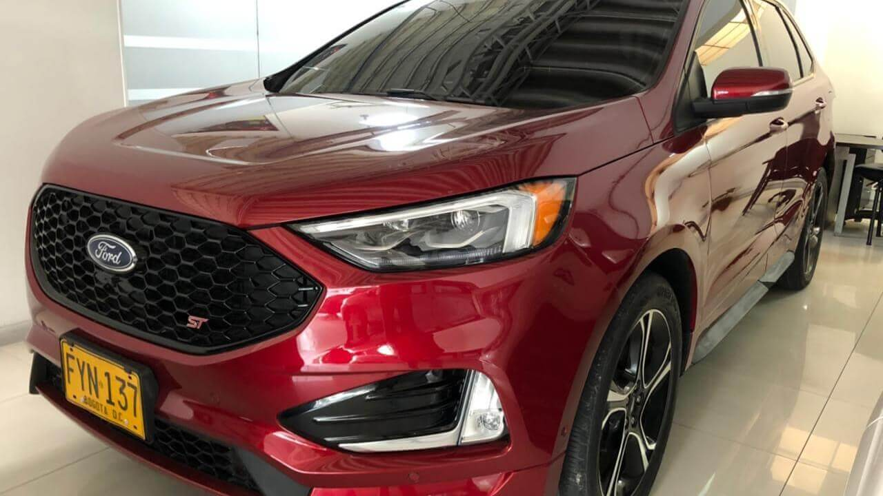 -1-08406058-Ford-Edge