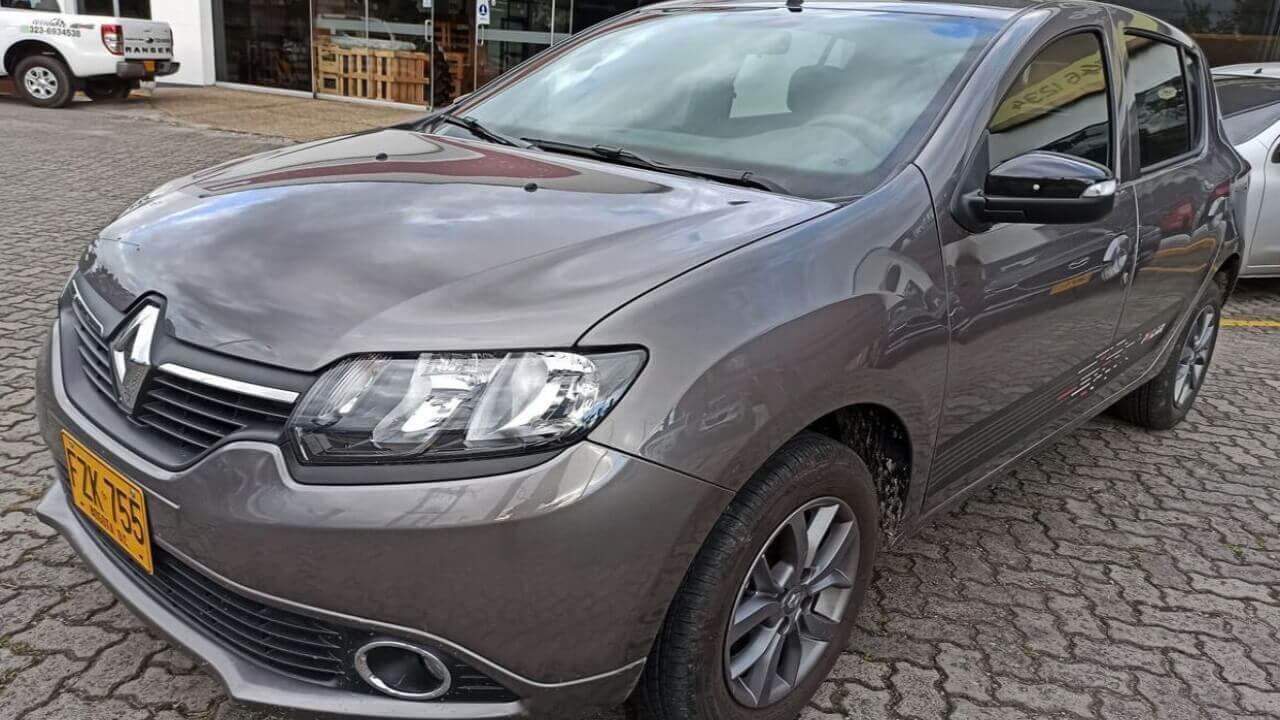 -1-08445388-Renault-Sandero-