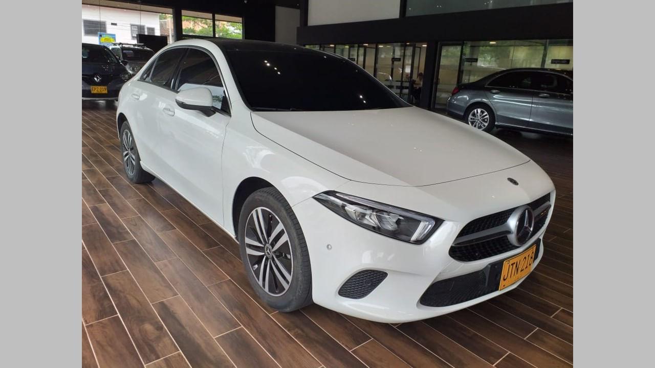 MercedesBenz-A200-Blanco-05339617-01